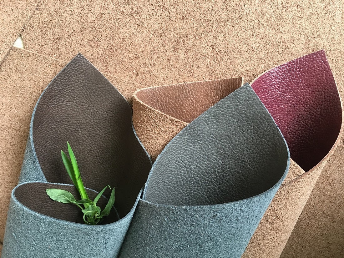 White Eco Recycle Hides Composition Leather On A Roll Material Upholstery Fabric